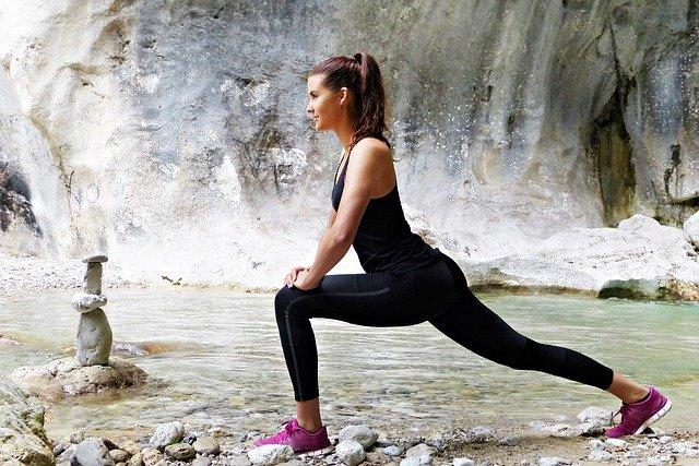 Conseils pour perdre du poids avec le sport + plan d'exercices (aussi pour l'estomac !)